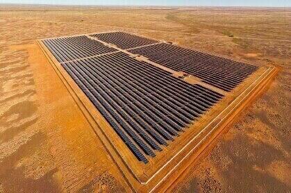 Grande centrale solaire hors réseau