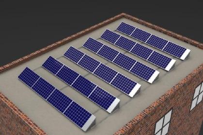 Panneaux solaires installés sur le toit d'un immeuble